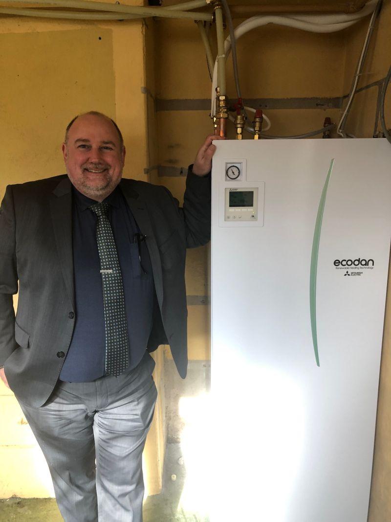 Skift til miljøvenlig luft til vand-varmepumpe