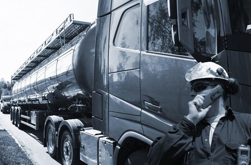 tankbil med olie