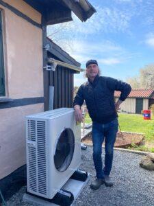Udedelen til Henriks luft til vand-varmepumpe